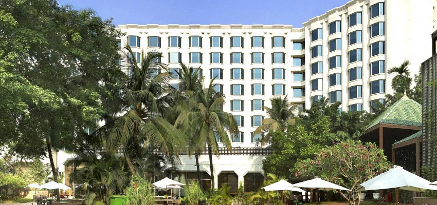 Hotel leela mumbai packages best luxury hotel mumbai for Luxury hotel finder