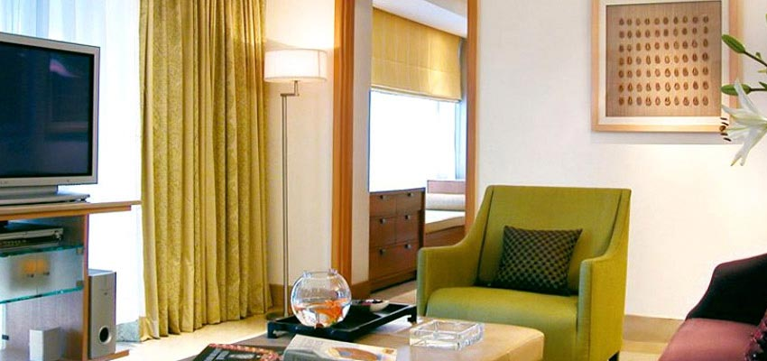Taj wellington mews mumbai packages luxury taj for Luxury hotel finder